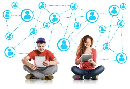 Conocer gente hoy gente con las redes sociales
